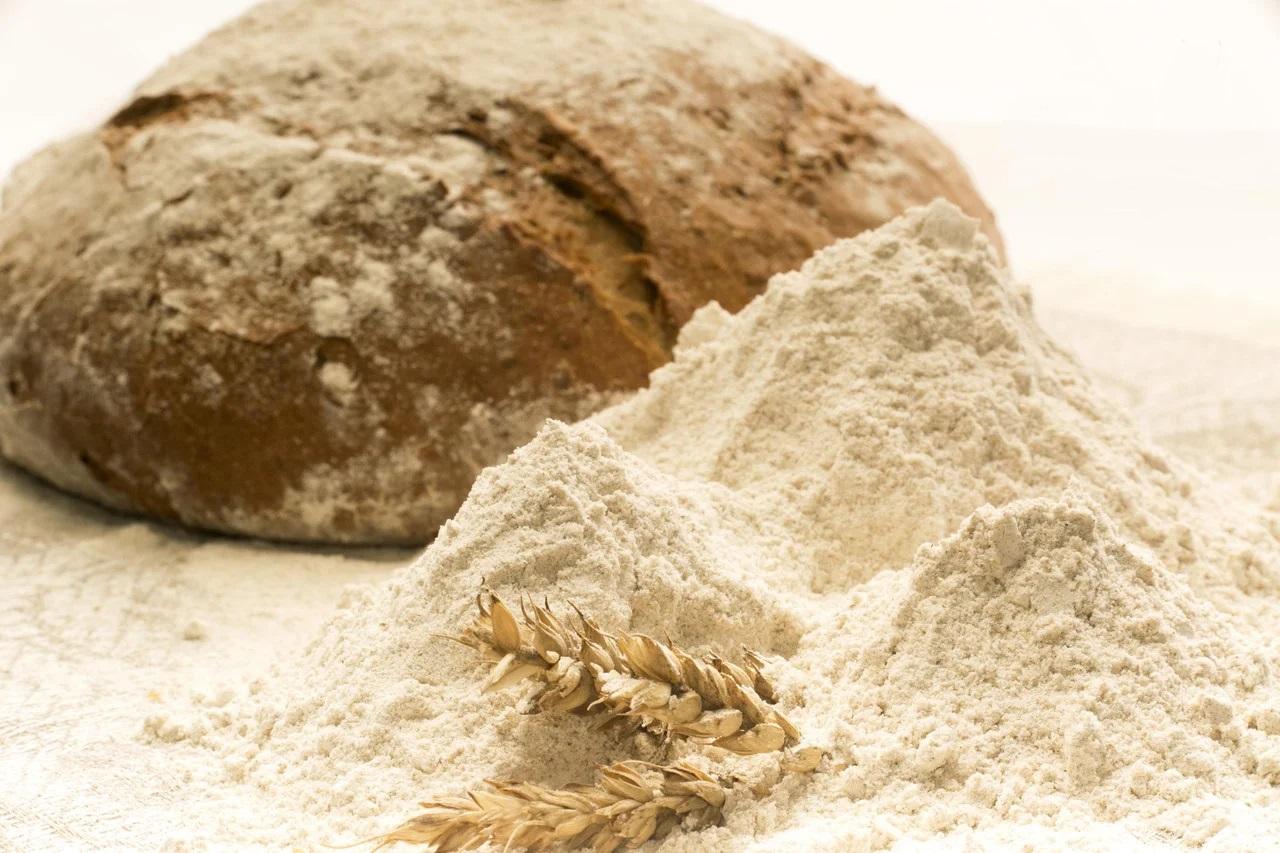 Мука пшеничная обойная (цельнозерновая)