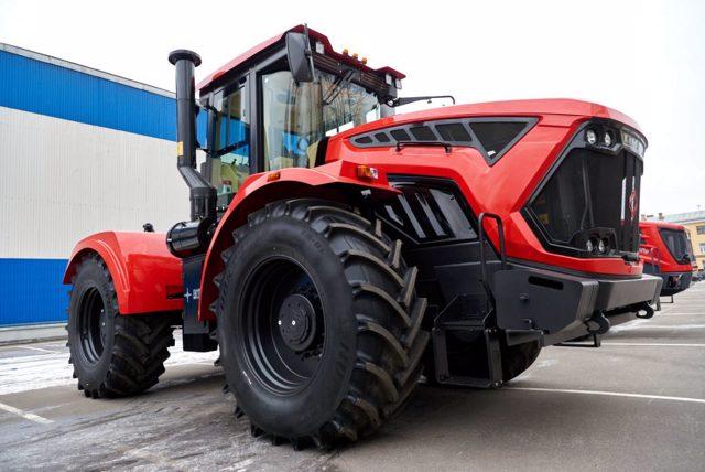 Новый Кировец К 7М 2021 года выпуска