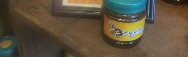 Дикий мед гигантских гималайских пчел