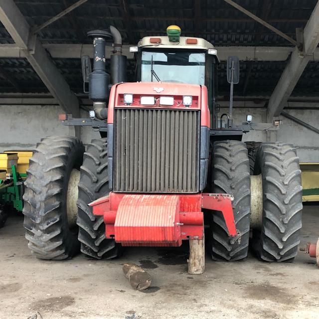 Трактор Buhler Versatile 2375